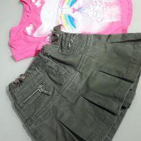 Conjuntinho de saia jeans estilo militar Benetton e Camisetinha Pink com estampa - 4 anos - Benetton e Garanimals