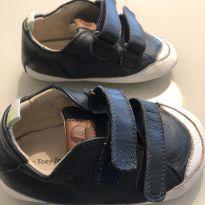 Sapato tip toey azul