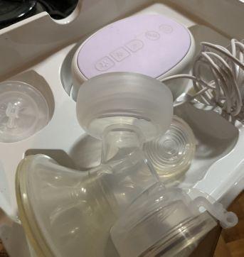 Extrator de leite Avent automatico semi novo - Sem faixa etaria - Avent e Munchkin