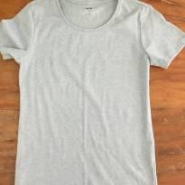Camiseta Verde Claro C - 14 anos - Importada