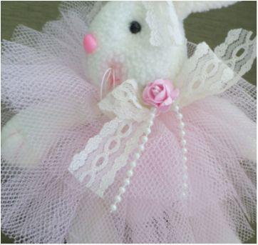 Coelha de Pelúcia - Sem faixa etaria - Sem marca