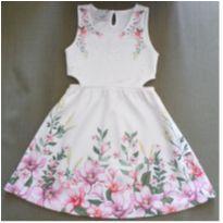 Vestido florido com strass - 5 anos - Fuzarka