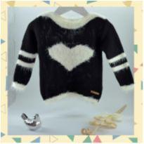Blusa/malha de Tricot coração preta - 10 anos - Não informada
