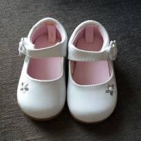 sapatinho branco tipo boneca - 17 - Não informada