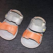 sandália cinza e laranja - 17 - Não informada