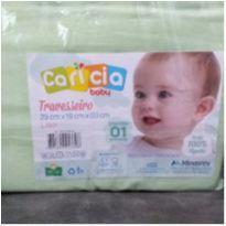 Travesseiro para bebê verde sem uso -  - Minasrey