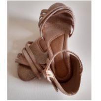Sandália de tiras metalizada Tam.24