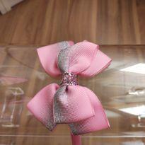 Tiara com laço rosa e cinza -  - Artesanal