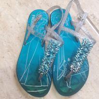 sandália fem frozen grendene tam 31 - 31 - Frozen