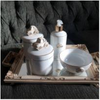 Kit Higiene bebê de porcelana -  - Loja Lacinho