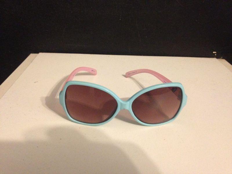 44650b1a4 Óculos escuros Infantil Barbie - Chilli Beans Original no Ficou ...