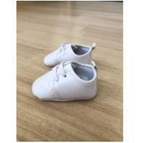 Sapato branco - 02 - Pimpolho