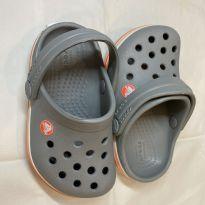 Crocs Cinza - 19 - Crocs
