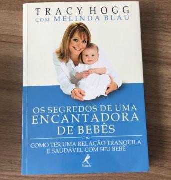 Livro Os Segredos de Uma Encantadora de Bebês - Tracy Hogg e Melinda Blau - Sem faixa etaria - Editora Manole