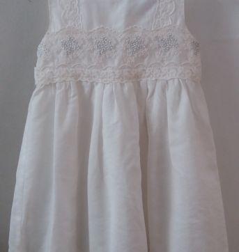 Vestido branco bordado - 24 a 36 meses - Não informada