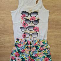 Conjunto blusa e shorts florido