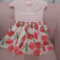 Vestido com estampa de morango - 6 a 9 meses - Cattai