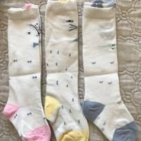 Kit com 3 meias estampadas - Cano Longo - 24 a 36 meses - Sem marca