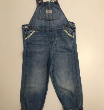 Jardineira Jeans - OshKosh - 4 anos - OshKosh
