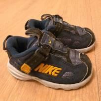 Tênis Nike Tam 19