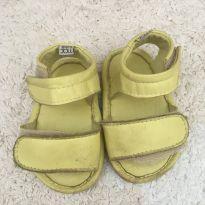 Sandália amarelo limão com velcro Mac bebê - 15 - Mac bebê