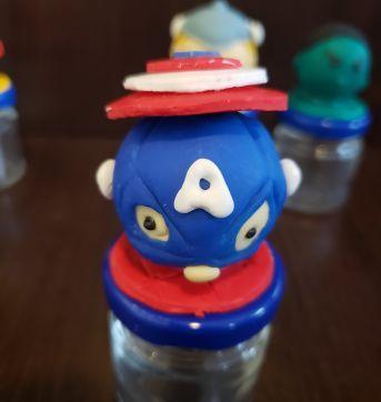 """Potinhos de vidro com cabeça dos """" Vingadores """" ( 12 unidade ) - Sem faixa etaria - Artesanal"""