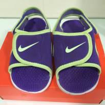 Sandália/ Papete - Nike  - roxa e verde limão - 24 - Nike