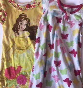 Duas camisolas - Disney e gymboree - 5 anos - Gymboree e Disney Store