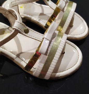 Sandália nude com dourado - 23 - Kydy