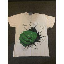 Blusa Branca Mão Hulk - 4 anos - Não informada