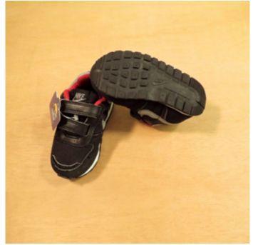 Tênis Nike tam 20 Preto e Vermelho - 20 - Nike