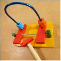 Brinquedo Educativo de Madeira Bate Bola -  - sem etiqueta