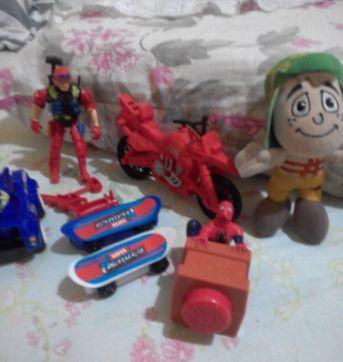 Lotinho de brinquedos - Sem faixa etaria - Variadas