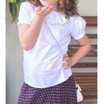 Camisa branca com linda gola - 8 anos - Não informada