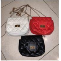Três Bolsas de couro fake infantil - vermelha, bege e preta