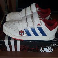 Tênis adidas - 32 - Adidas