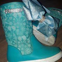 Bota frozem - 23 - Disney baby
