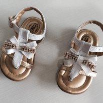 Sandália branca com dourado - 18 - Klin