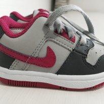 Tênis Nike rosa com cinza - 17 - Nike