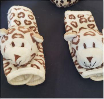 kit Protetor de Cinto Oncinha e almofada travesseiro pescoço para bebês - Sem faixa etaria - Zip Toys