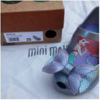 1 pé esquerdo Mini Melissa Ultragirl Pequena Sereia tam. 25 - 25 - Melissa
