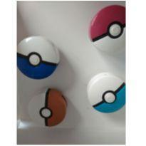 4 pokemons 1 apenas com tazo -  - Mc Donald`s