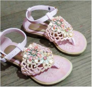 Sandalia rosa estilosa - 23 - Grendene