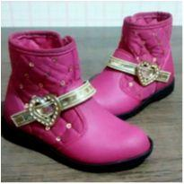 Botinha rosa da Barbie - 24 - Grendene