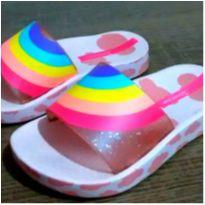 Chinelo Slide arco ires