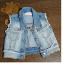 Colete jeans lindo com strass - Quase novo - 4 anos - Pituchinhus