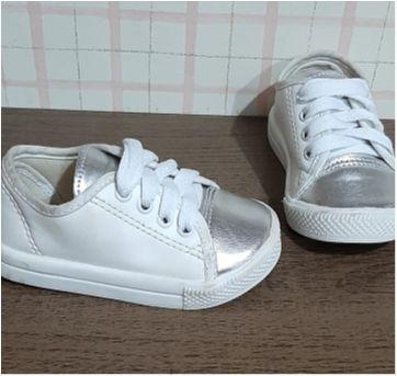 Tenis fofo branco e prata - 20 - Tricae