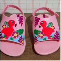 Sandalia linda flamingo