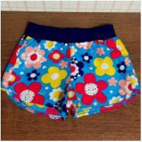 Shorts floral charmoso