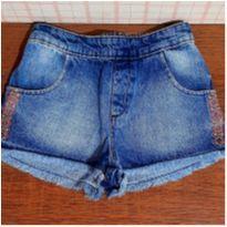 Shorts jeans estiloso com bordadinho - 6 anos - Cativa